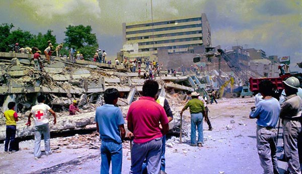 México reconstruye y en Nueva York se intensifica la ayuda (MECENAS)