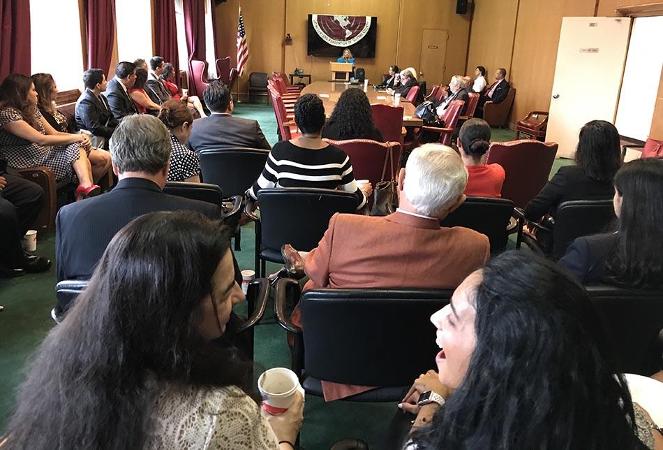 Varios jueves acudieron al homenaje a Nayibe Núñez-Berger en la Corte Criminal de Queens.