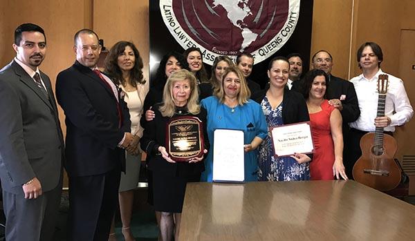 Nayibe Núñez-Berger recibe honores de la Asociación de Abogados Latinos de Queens