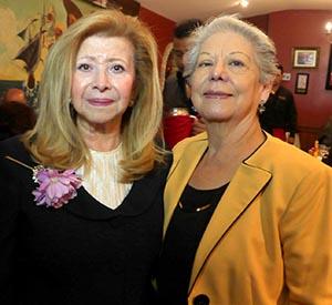 Nayibe Núñez-Berger con Aida González en el OLavrador Restaurant de Jamaica, Queens. Foto John Caballero