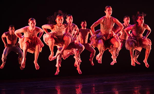 Ballet Hispánico With Espíritu Vivo and More at Apollo Theater this December 1-2