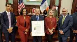 Concejo de NY reconoce a la Comisión Latina sobre el SIDA