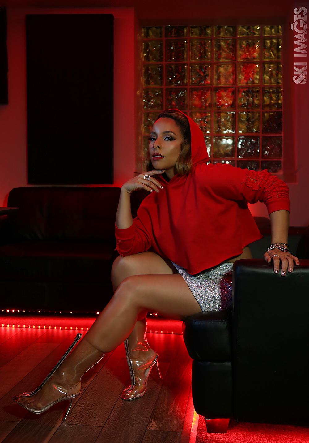 Miss YaYa, cantante de salsa urbana para no parar de bailar.