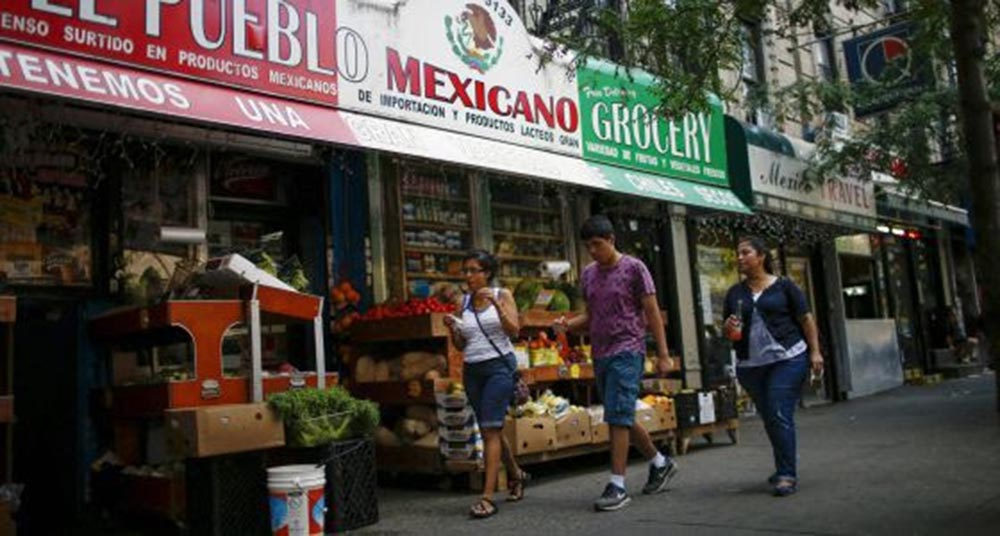 Tienda mexicana en East Harlem.