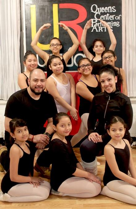 Urzúa Dance Academy enseña ballet y zumba en La Roosevelt