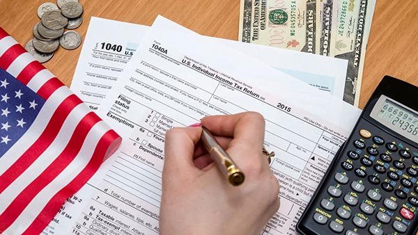 Free Tax Services Available at Woodside on the Move