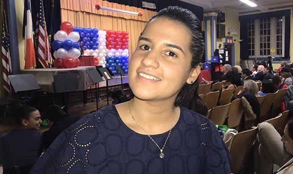 Candidata Ari Espinal orgullo del Partido Demócrata