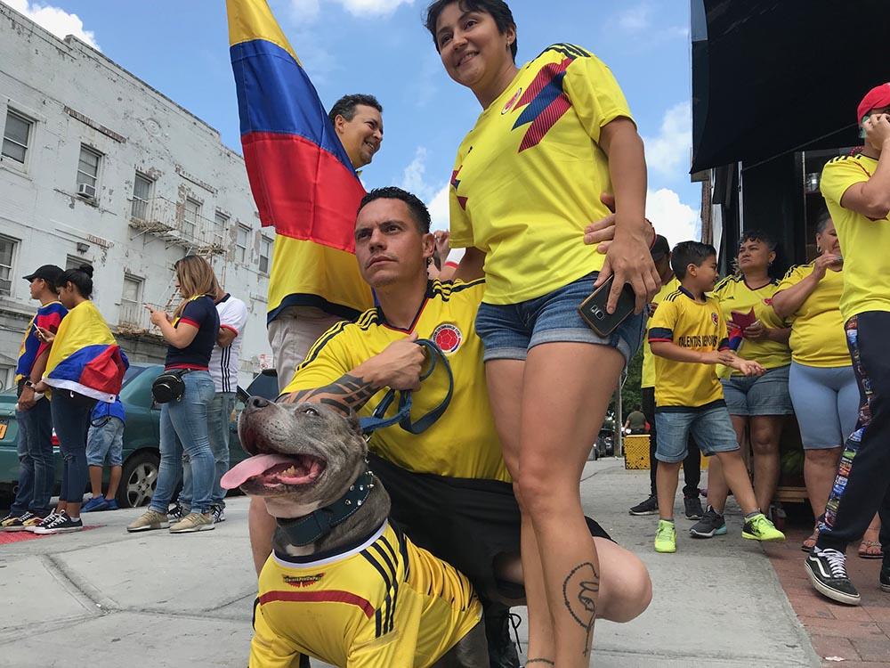 Los colombianos celebrando en Queens, Nueva York.