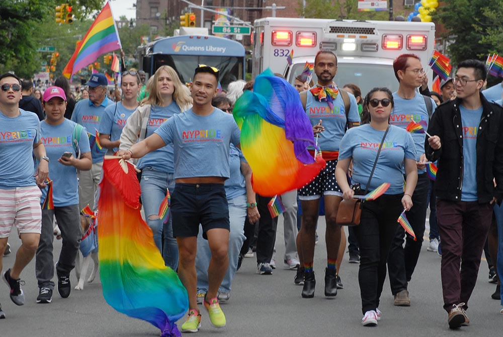La comunidad latina siempre ha dicho presente en este Desfile del Orgullo Gay. Foto Humberto Arellano