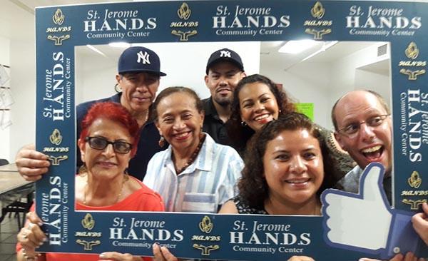 H.A.N.D.S. realiza Feria de Inmigración en El Bronx