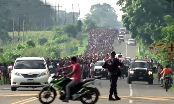 López Obrador es iluso ante solución a caravana centroamericana