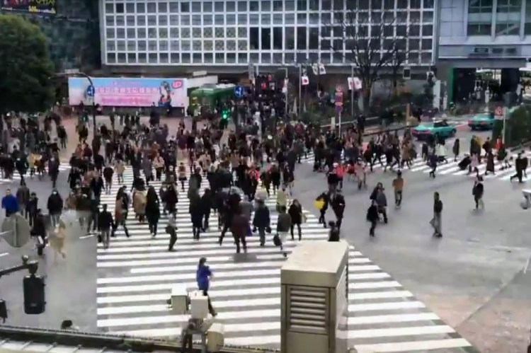 Shibuya y su cruce de peatones más transitado del mundo.