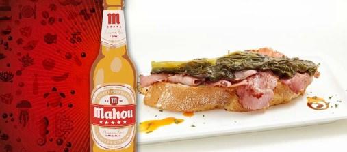 Las Bellotas... Mini tosta de lacón con grelos... (c/ Ecuador 48)
