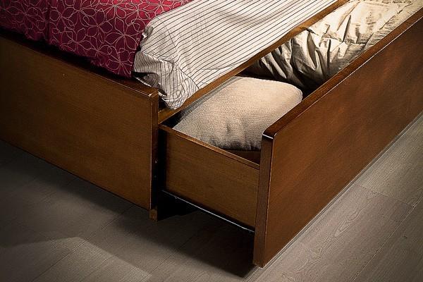 Camera da letto piccola come arredarla questioni di - Letto nell armadio ...