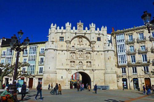 Arco de Santa María, una de la paradas de la Ruta del Cid en Burgos