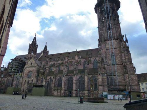 Catedral de Friburgo de Brisgovia, uno de los monumentos más antiguos de la ciudad