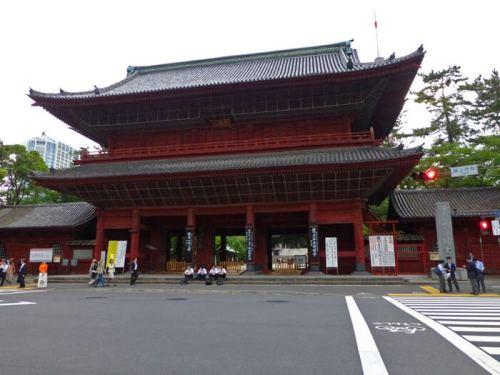 Entrada principal al Templo Zojoji en Tokio