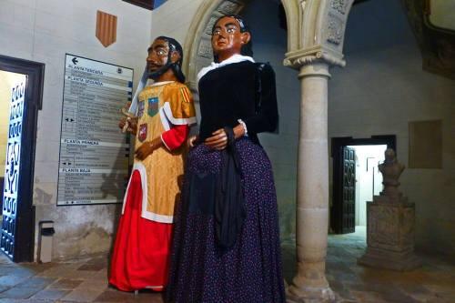 Gigantes y cabezudos de Huesca, protagonistas en las Fiestas de San Lorenzo
