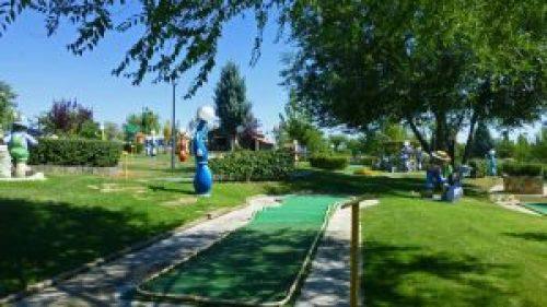 Circuito de Mini Golf en el Parque Europa de Torrejón de Ardoz