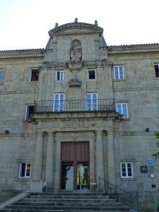 Portada del Monasterio de San Vicente del Pino