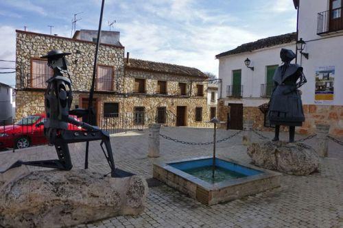 Don Quijote a los pies de Dulcinea de El Toboso