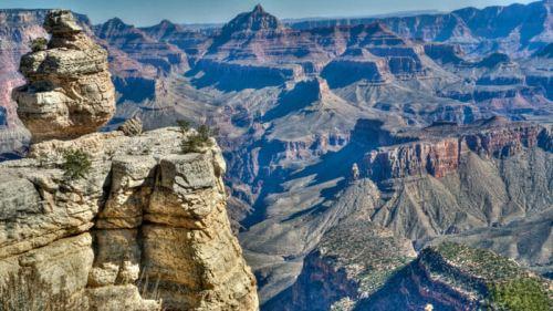 Vistas del Gran Cañón del Colorado desde uno de los miradores de South Rim