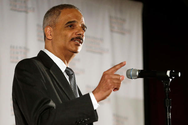 Eric Holder indicating the prison population decline - Quick Me Ups