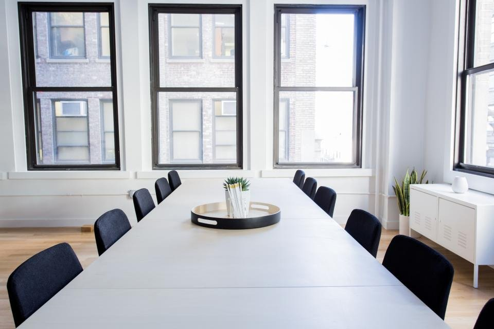 When Should a Company Hire an Office Manager?