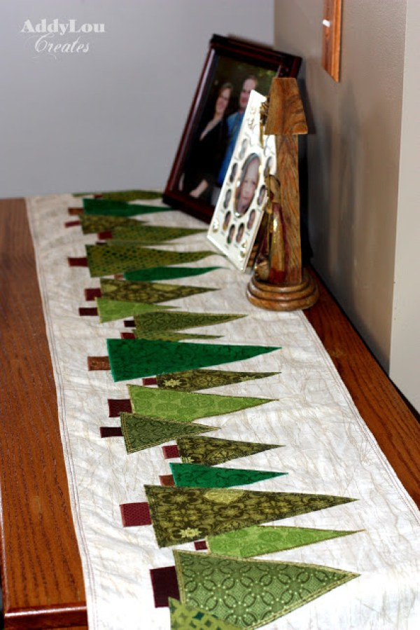 a Quilted table how  a runner Quilting – round Holiday Table to on table put Runners