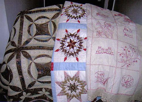 antique quilts