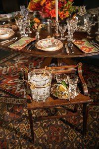 Setting a Holiday Table with Christie's - Quintessence
