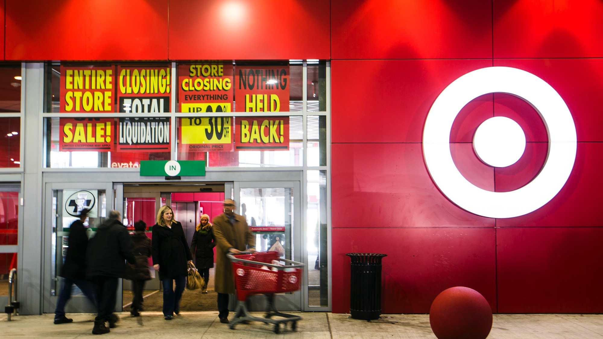 Liquidation Stores In Gta Target Canada 39s Failure Is Hurting Other Companies Quartz