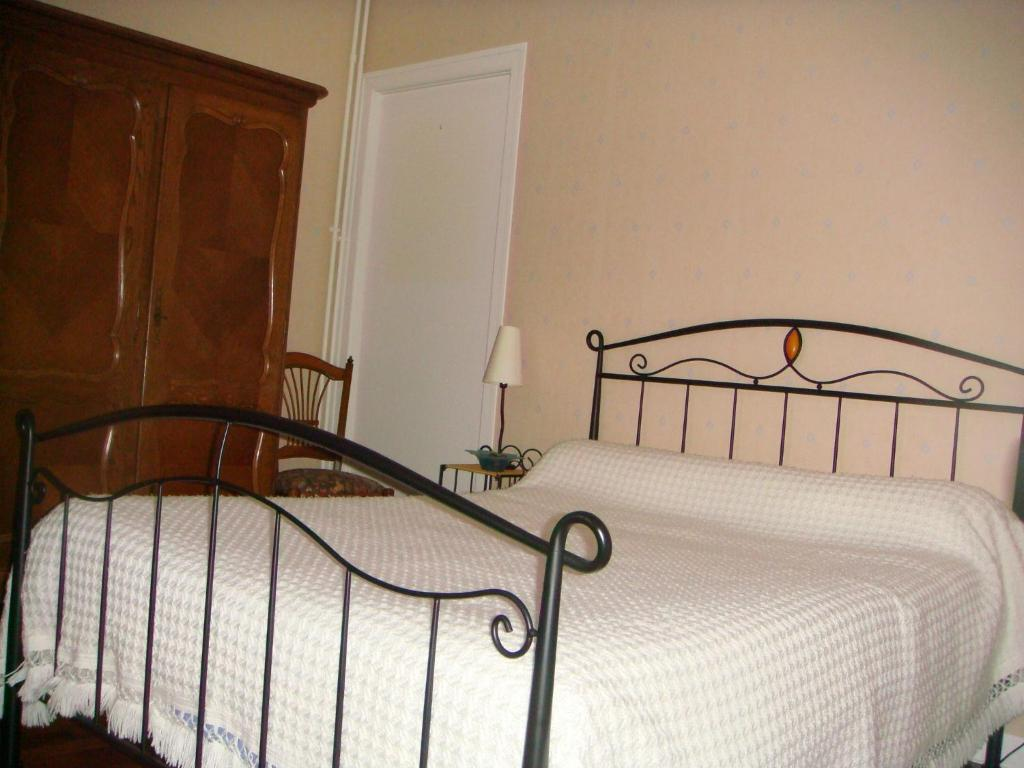 Chambre D Hote Booking Top Deals Bed And Breakfast Hôtes Mr Me Charier Chaumont