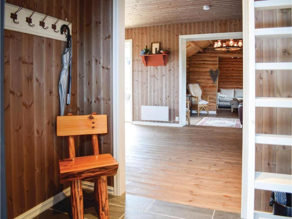Sillas Gol Five Bedroom Holiday Home In Gol Noruega Gol Booking