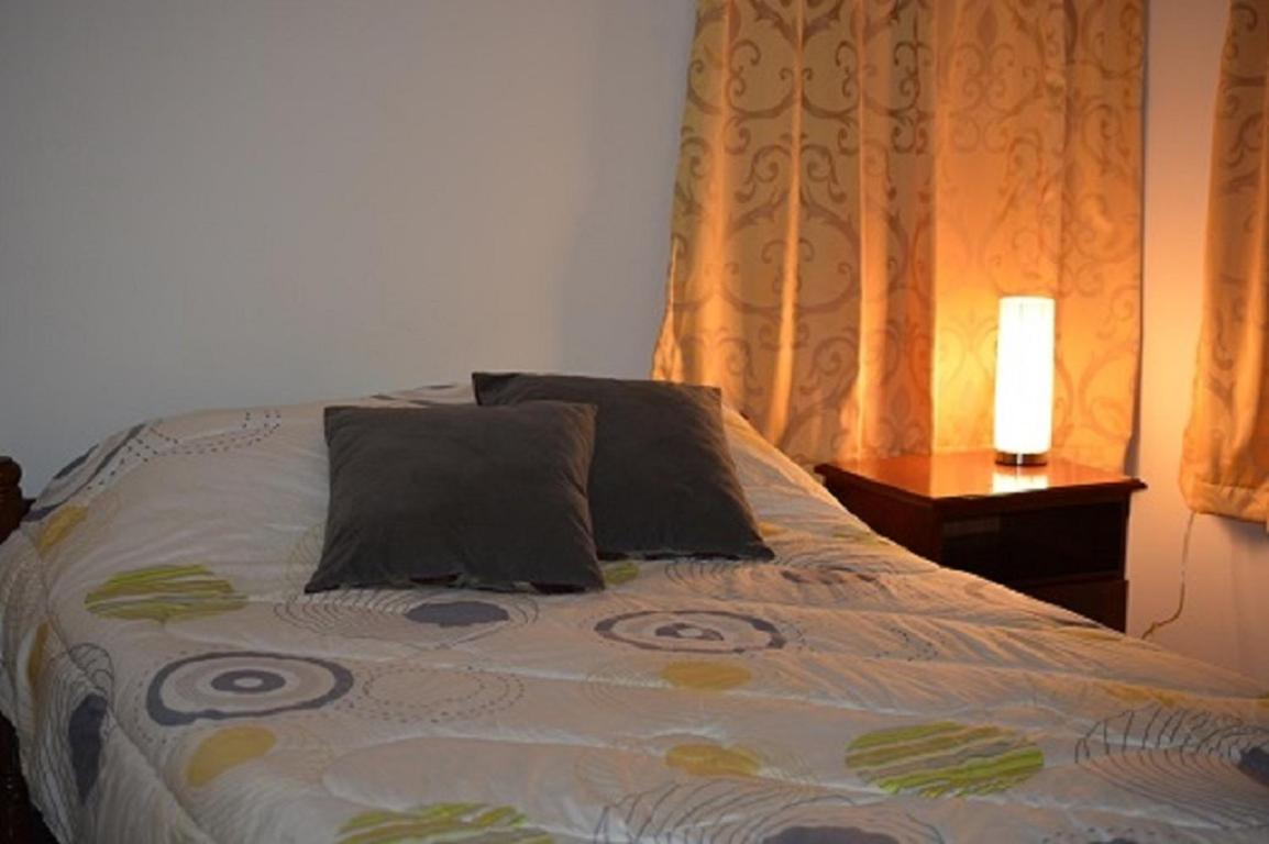 Banken Suriname Sienna Appartement سورينام باراماريبو Booking