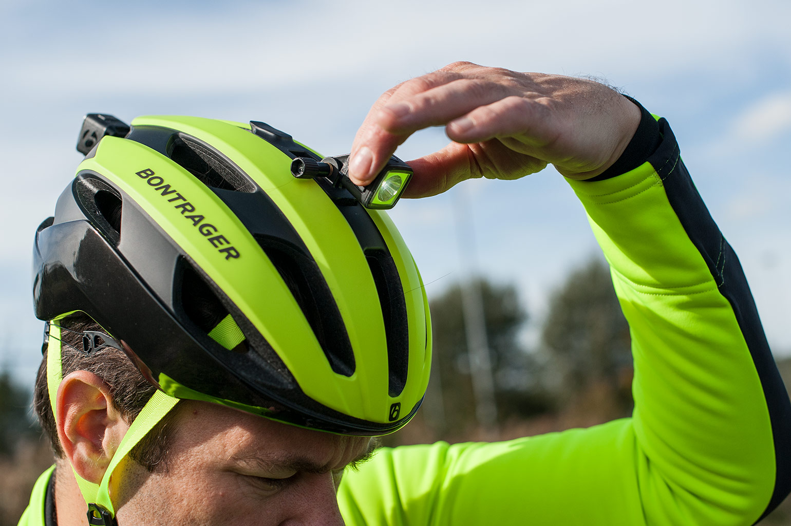 Verlichting Racefiets Test Review Bontrager Circuit Mips Helm I C M Ion En Flare