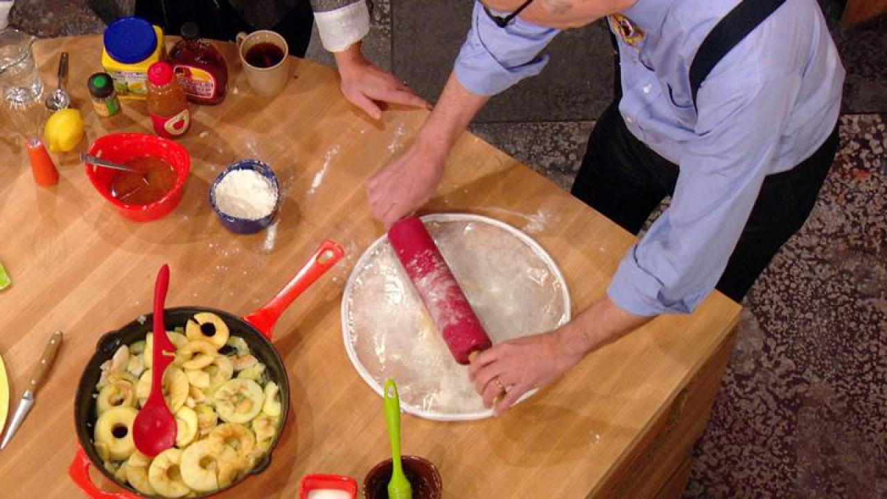 Gadget Cuisine This Gadget Can Help You Roll Out The Perfect Pie Crust Rachael