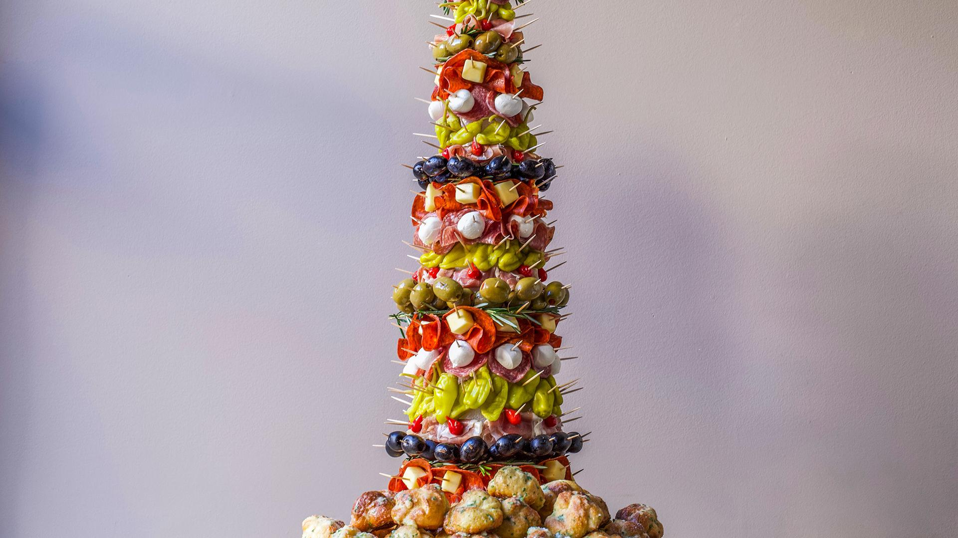 Healthy Christmas Appetizers Pinterest Appetizer Tree Antipasto Tree With Garlic Knots Rachael Ray Show