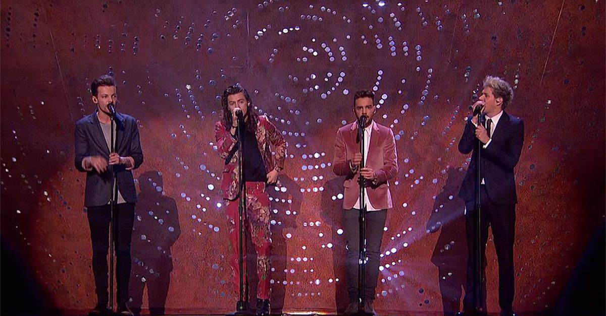 London Wallpaper Iphone 5 One Direction Gives Emotional Last Performance Before
