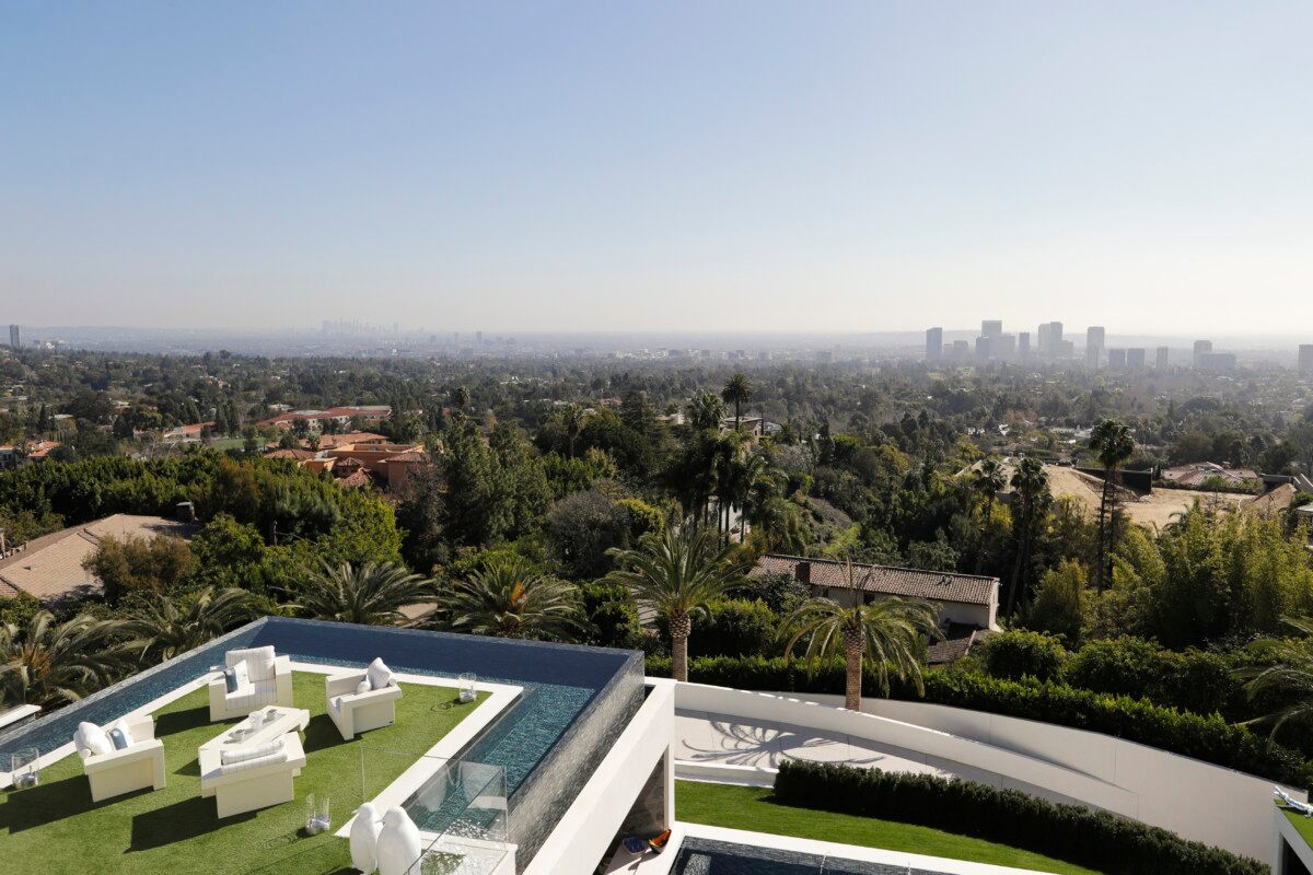 Bel Air Mega Mansion For Sale Central Air Included Bel Air Mansion Listed For 250