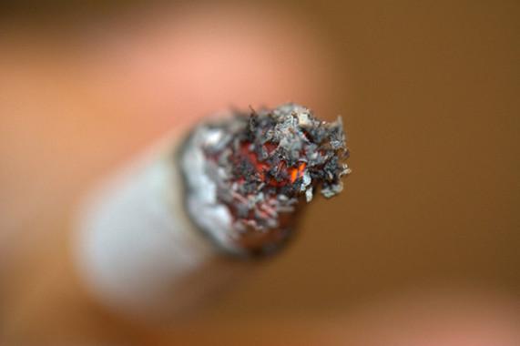 Fumar es un factor de riesgo para al menos 17 tipos de cáncer y está detrás de más de seis millones de muertes cada año. / Ana Penagos