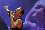 Imagen de archivo de Dave Gahan, líder de la banda británica Depeche Mode REUTERS/Ints Kalnins