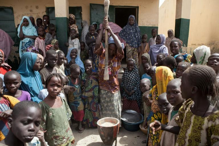Niños en un campo para desplazados internos en Dikwa, Nigeria, el 14 de febrero de 2017 AFP/Archivos / Florian Plaucheur