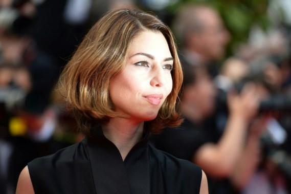 """La cineasta Sofia Coppola posa al llegar a la proyección de """"Saint-Laurent"""" durante la 67 edición del Festival de Cannes el 17 de mayo de 2014 AFP/Archivos / Alberto Pizzoli"""