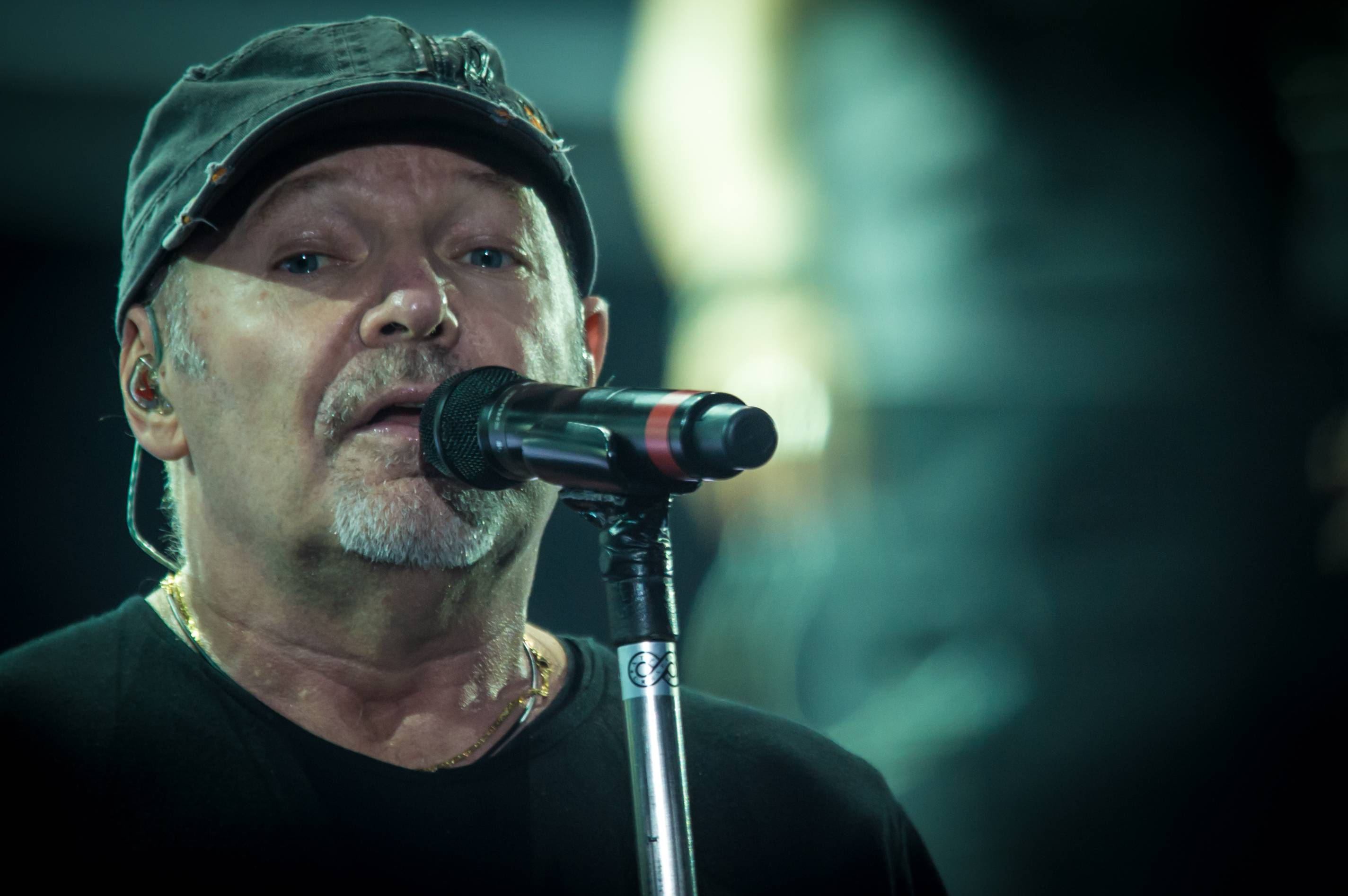 Vasco Date Vasco Rossi Tour Dates 2016 2017 Concert Images