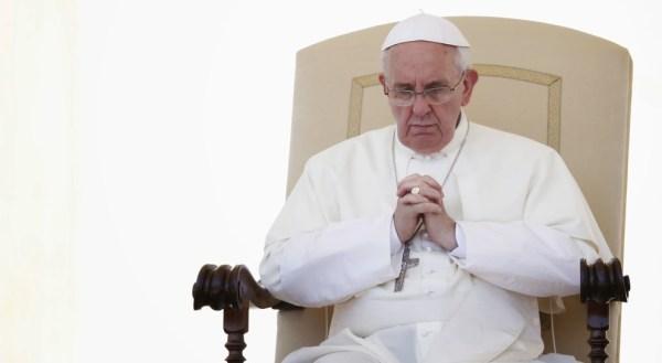 Bergoglio in Calabria per chiedere scusa e confermare nella fede