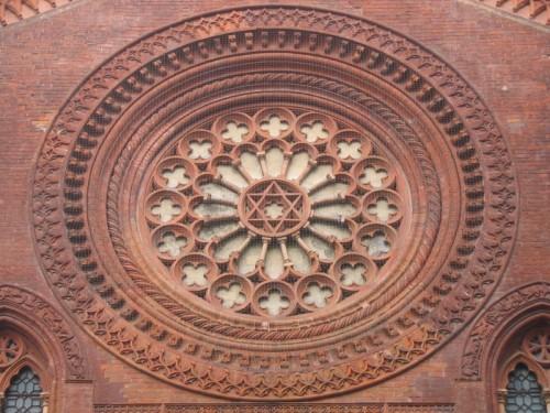 Il rosone dell'antica chiesa di San Marco a Milano