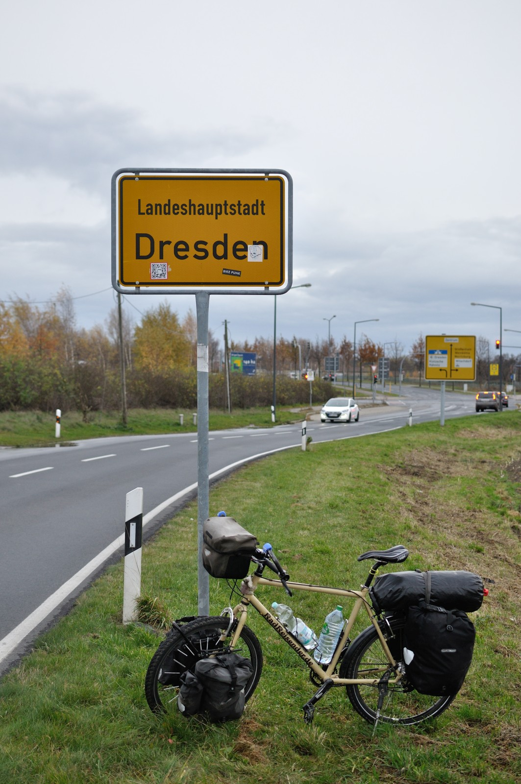 Ankunft Dresden On The Road Again From Berlin To Dresden Radreisender De