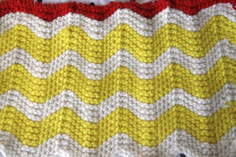 baby blanket progress (11 inches)   raes days