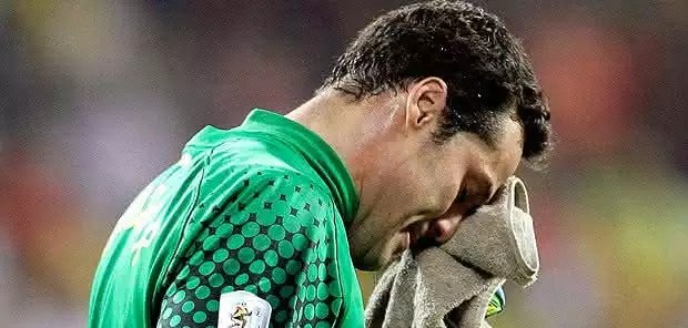 Brasil eliminado da Copa pela Holanda
